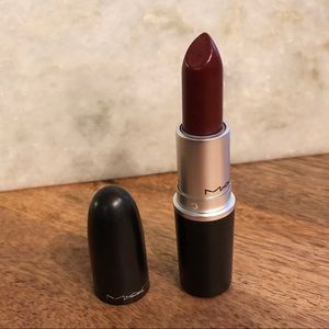 MAC Lustre Lipstick in Spice It Up!
